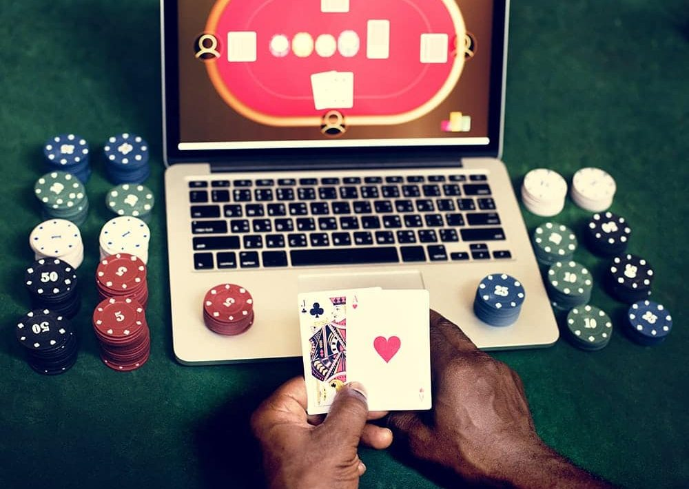 People Gamble Online